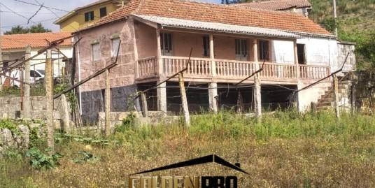 Casa rústica para restauro + terreno – Marco de Canaveses